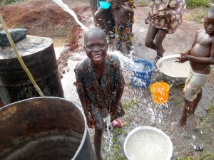 GAZELLE HARAMBEE Projet Forage Djégou Nagot 2014 (Bénin)
