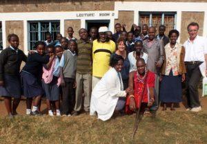 "GAZELLE HARAMBEE Formations des jeunes LOITOKITOK ""Skylink youth Polytechnic"". 2014 (Kenya) et Florence Cazanobe et Jean Pierre Delsol"