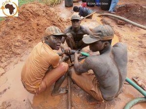 Association de Solidarité en Afrique Gazelle Harambee Forage Zoungodo 2016 Avril Bénin